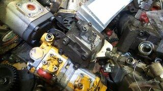 Hydraulic steering pump for LIEBHERR A904