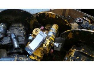 Hydraulic advancement pump for MECALAC 11CX