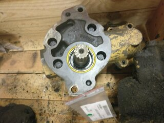 Auxiliary hydraulic pump for CATERPILLAR 769C