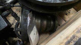 Wheel spindle for FURUKAWA W730LS