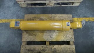 Stabilizer cylinder for LIEBHERR A902