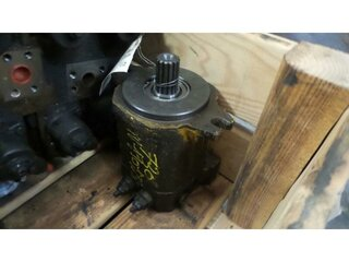 Swing hydraulic motor for FURUKAWA 730LS