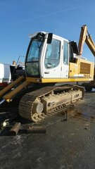 Cabin floor for LIEBHERR R944C