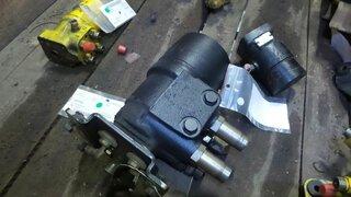 Steering unit for CATERPILLAR 735