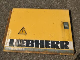 Compartment door for LIEBHERR R954BHD
