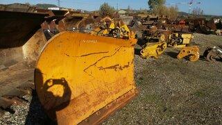 Bulldozer blade for VOLVO L180
