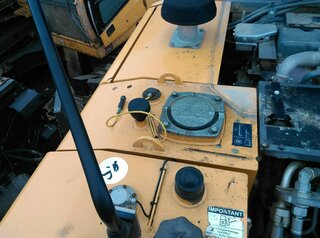 Hydraulic tank for LIEBHERR A914