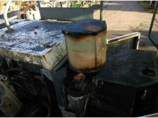 Central lubrication system for LIEBHERR R954CSHD