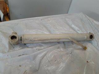 Swing cylinder for JCB 8016