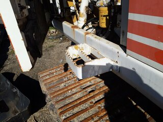 Footstep for CATERPILLAR 325LN