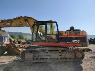 Cabin structure for CATERPILLAR 325C