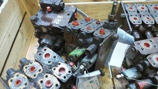 Hydraulic distributor for CASE 888