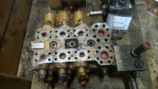 Used hydraulic distributor for TP machines
