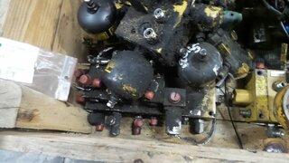 Hydraulic distributor for CATERPILLAR 320