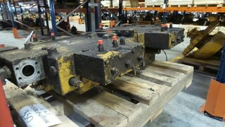 Hydraulic distributor for CATERPILLAR 350