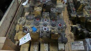 Hydraulic distributor for CATERPILLAR 215