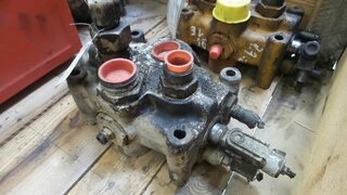 Hydraulic distributor for OK 23.2