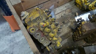 Hydraulic distributor for CATERPILLAR 12G