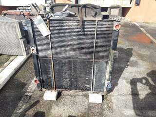 Oil cooler for LIEBHERR R914