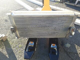 Oil cooler for LIEBHERR R924B